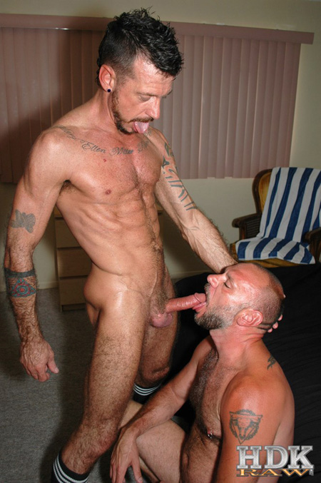 Ripped muscle Daddy feeding his cum to a great male cocksucker.