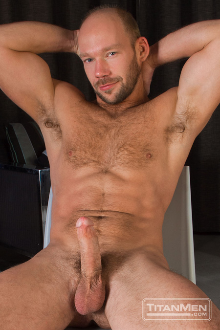 Dirty blonde balding bearded muscle cub with an erection.