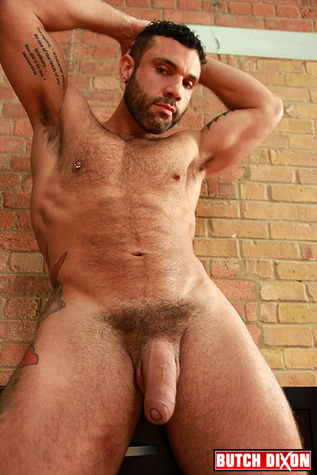 Beefy Italian nude and his gigantic uncut penis.