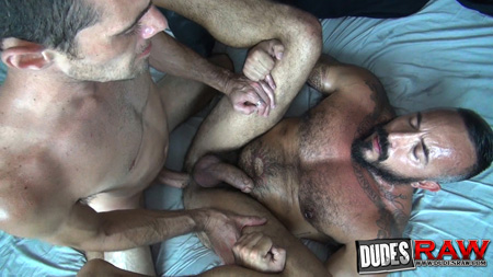 Horny otter fucking a hairy muscle Daddy bareback.