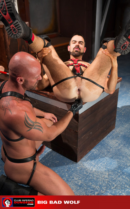 Leatherman about to get anally fisted.