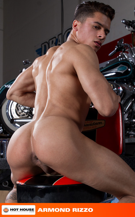 Latino muscle bottom totally nude and exposing his hole.
