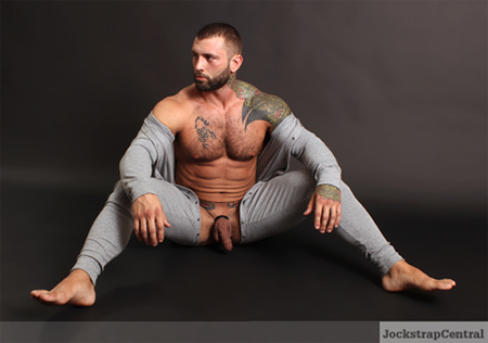MMA fighter Simon Marini nude.