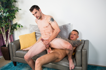 Tattooed Uber rider fucking his male driver bareback.